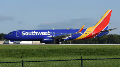 N8658A - Boeing 737-8H4 - Southwest Airlines