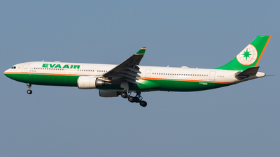 A picture of B16336 - Airbus A330302 - EVA Air - © CKG-YCZ