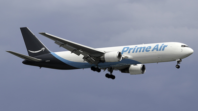 N1181A - Boeing 767-3Y0(ER)(BDSF) - Amazon Prime Air
