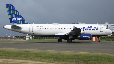 A picture of N621JB - Airbus A320232 - JetBlue Airways - © Gabriel Herrera