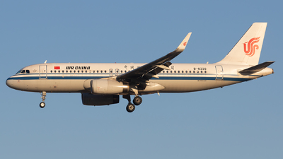 A picture of B8338 - Airbus A320232 - Air China - © Sebastian Shen