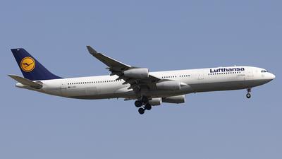 D-AIGS - Airbus A340-313X - Lufthansa