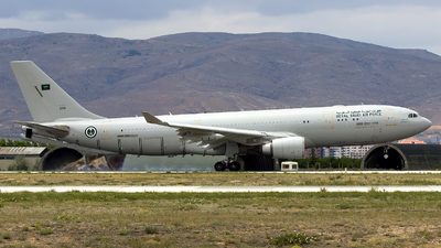 2401 - Airbus A330-243(MRTT) - Saudi Arabia - Air Force