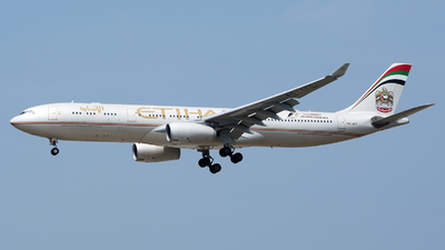A6-AFF - Airbus A330-343 - Etihad Airways