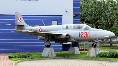 1231 - PZL-Mielec TS-11 Iskra - Poland - Air Force