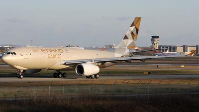 F-WWCP - Airbus A330-243F - Etihad Cargo