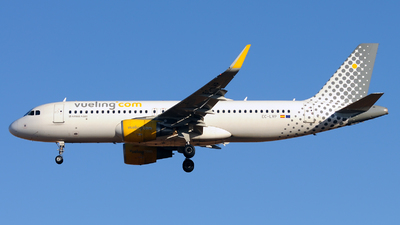 EC-LVP - Airbus A320-214 - Vueling Airlines