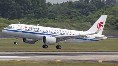 A picture of B322X - Airbus A320271N - Air China - © Eric Wang