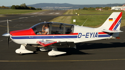 D-EYIA - Robin DR400/200R Remo - Private