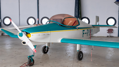 F-PIPO - Jodel D19T - Private