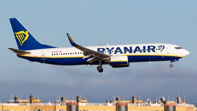 A picture of 9HQEC - Boeing 7378AS - Ryanair - © Matteo Lamberts
