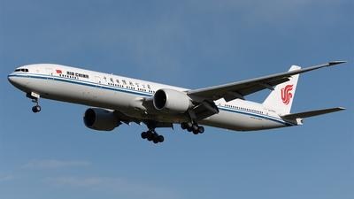B-7952 - Boeing 777-39LER - Air China