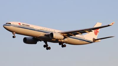 B-8579 - Airbus A330-343 - Air China