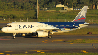 A picture of CCBAE - Airbus A320232 - LATAM Airlines - © Santiago Osorio Ramírez