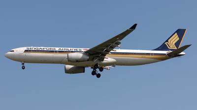 9V-STT - Airbus A330-343 - Singapore Airlines - Flightradar24