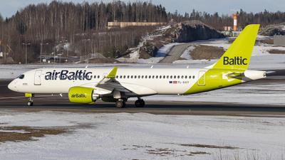 YL-AAY - Airbus A220-371 - Air Baltic