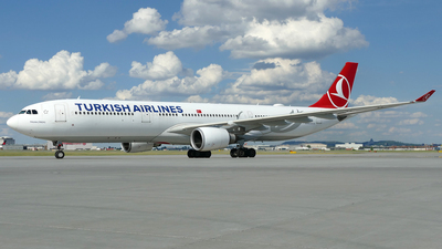 A picture of TCJOG - Airbus A330303 - Turkish Airlines - © Craig L Baldwin