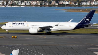 A picture of DAIXN - Airbus A350941 - Lufthansa - © OCFLT_OMGcat