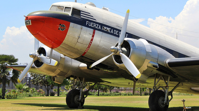 963 - Douglas C-47B Skytrain - Chile - Air Force