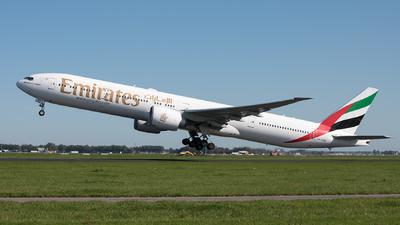 A6-EBO - Boeing 777-36NER - Emirates