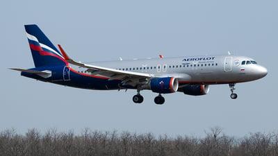 VP-BFE - Airbus A320-214 - Aeroflot