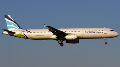 HL7729 - Airbus A321-231 - Air Busan