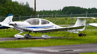 C-GMXL - Diamond DA-40 Diamond Star - Private