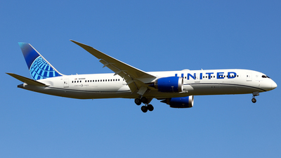 A picture of N29985 - Boeing 7879 Dreamliner - United Airlines - © Daniel Klein
