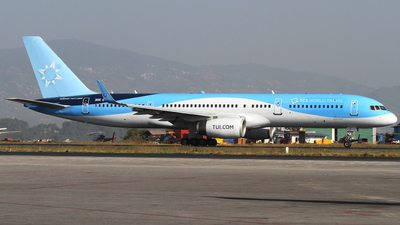 G-OOBD - Boeing 757-28A - TCS Expeditions (TUI)