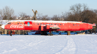 SP-LSH - Ilyushin IL-18V - Private