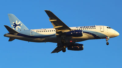 A picture of XAPPY - Sukhoi Superjet 10095B - Interjet - © Alejandro Aceves