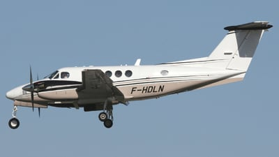 F-HDLN - Beechcraft B200GT Super King Air - Private