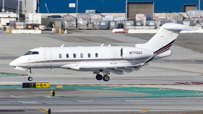 A picture of N770QS - Bombardier Challenger 350 - NetJets - © David Lee