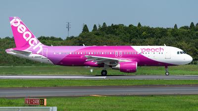 JA826P - Airbus A320-214 - Peach Aviation
