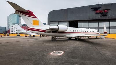 M-JIMI - Bombardier CL-600-2B19 Challenger 850 - Private