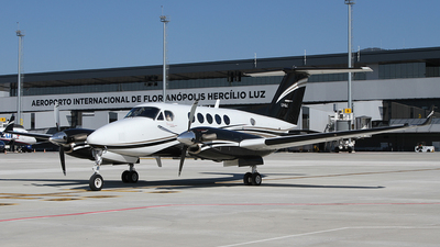 LV-KAT - Beechcraft B200GT Super King Air - Private