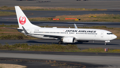 A picture of JA327J - Boeing 737846 - Japan Airlines - © hiktas