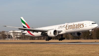 A6-ECM - Boeing 777-36NER - Emirates