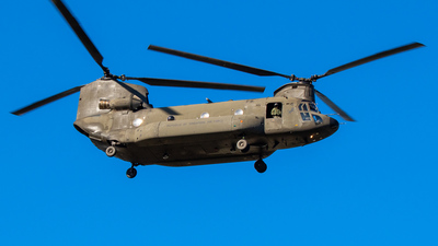88181 - Boeing CH-47D Chinook - Singapore - Air Force