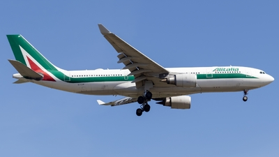 A picture of EIEJH - Airbus A330202 - Alitalia - © Ben Cook
