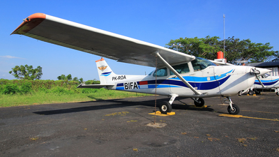 PK-ROA - Cessna 172P Skyhawk - Bali International Flight Academy