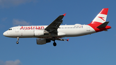 A picture of OELBX - Airbus A320214 - Austrian Airlines - © Ferenc Kolos