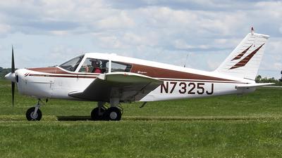 A picture of N7325J - Piper PA28140 - [2824678] - © Joe Osciak