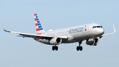 A picture of N118NN - Airbus A321231 - American Airlines - © Alexander Portas