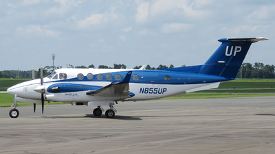 N855UP - Beechcraft B300 King Air 350i - Wheels Up