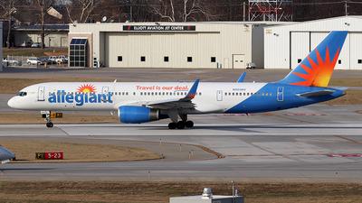 N905NV - Boeing 757-204 - Allegiant Air