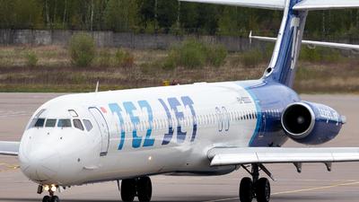 A picture of EX80003 - McDonnell Douglas MD83 - Tez Jet Airlines - © Artyom Kuzhlev