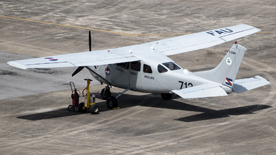 FAU713 - Cessna U206H Stationair - Uruguay - Air Force