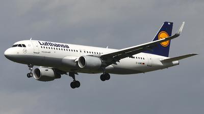 A picture of DAIWB - Airbus A320214 - Lufthansa - © Heidi Wanninger