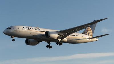 A picture of N28912 - Boeing 7878 Dreamliner - United Airlines - © Daniel Riederer
